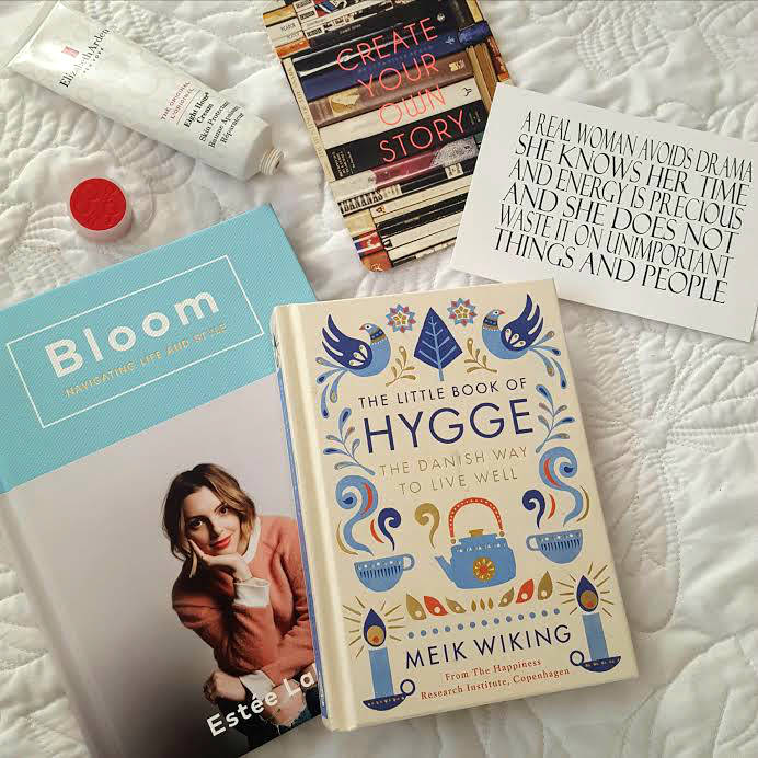 Christmas Comes But Once A Year, #BloomBook, Bloom Book, Books, Hygge, Postcards, Paperchase, Lifestyle, LIfe, Blog A Book Etc, Fay