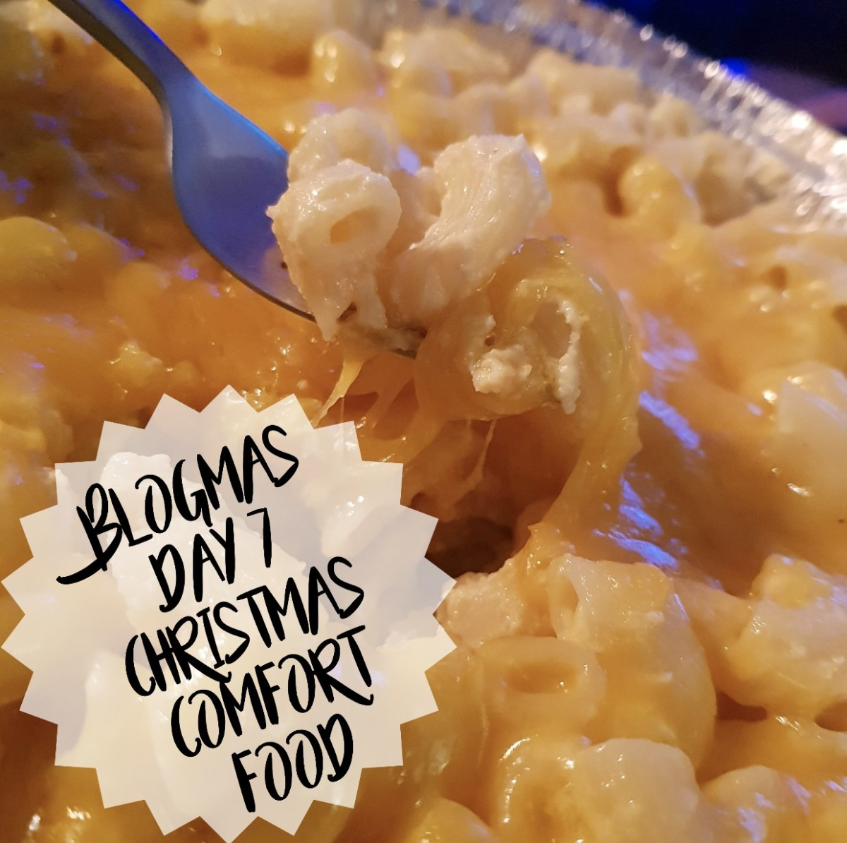 #BLOGMAS Day 7 | Christmas Comfort Food, BlogMas, Christmas, Festive, Festivities, Festive Season, It's Christmas, It's Beginning to look a lot like Christmas, Xmas, Feliz Navidad, Buon Natale, Eating, Food, Comfort Food, Foodie, Festive Food, Macaroni Cheese, Waffle Jacks Wimbledon. Pinterest, Blog A Book Etc, Fay