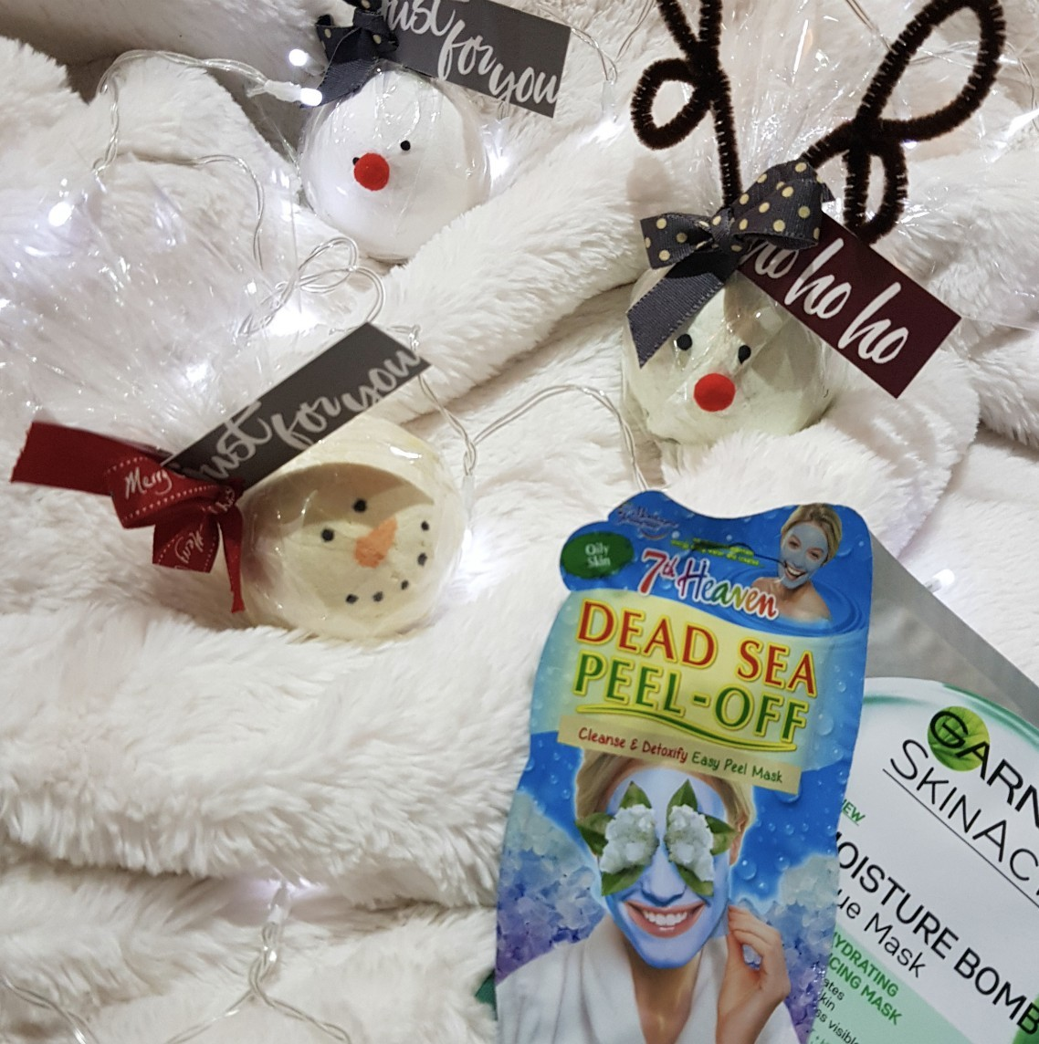 BlogMas Day 3 Self Care Sunday, BlogMas, Christmas, Festive, Festive Season, Holiday Season, Holiday Spirit, Christmas Spirit, Holly Jolly Christmas, Christmas Time, Self Care, Self Care Sunday, Sundays, Skin Care, Self Love, Positivity, Blogger, Blog A Book Etc, Fay